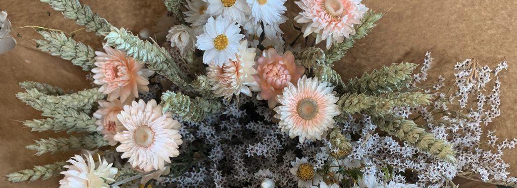 Lamboo Dried & Deco Dried Flowers